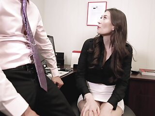Pussy eating leads to fucking with naughty secretary Angelina Diamanti